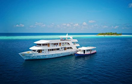 Custom Dive Boat Maldives